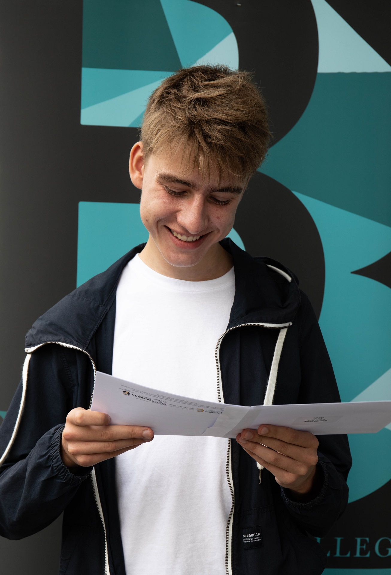 Bart Rosinki Achieved 3 Grade As In Biology, Chemistry And Maths Going On To Study Medicine At University College London.